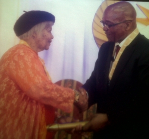 KhoiSan Katrina shake hands president